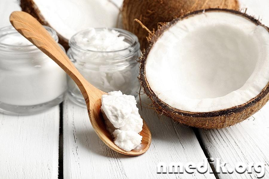 Кокосовое масло для волос и кожи головы