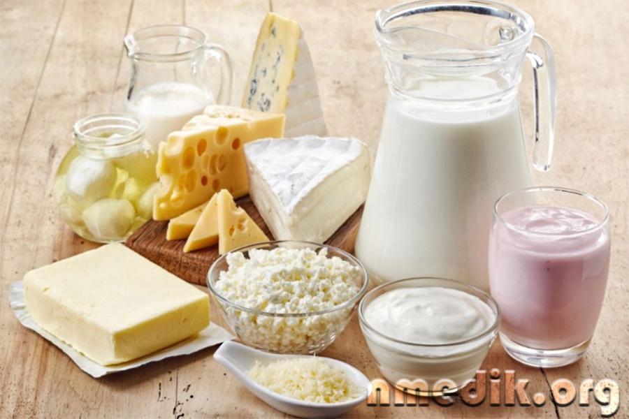 Разные виды молочных продуктов