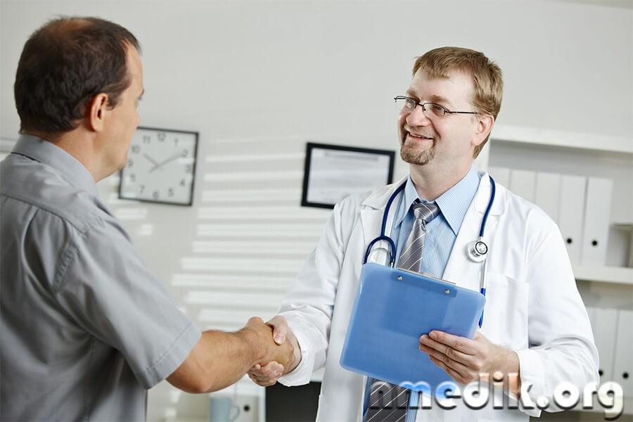 Опухоль надпочечников: симптомы и лечение